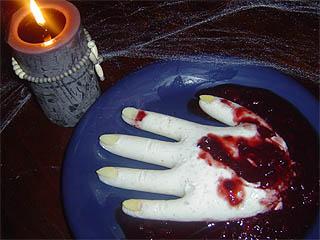 halloween rezept eiskaltes h ndchen in grausiger gr tze. Black Bedroom Furniture Sets. Home Design Ideas
